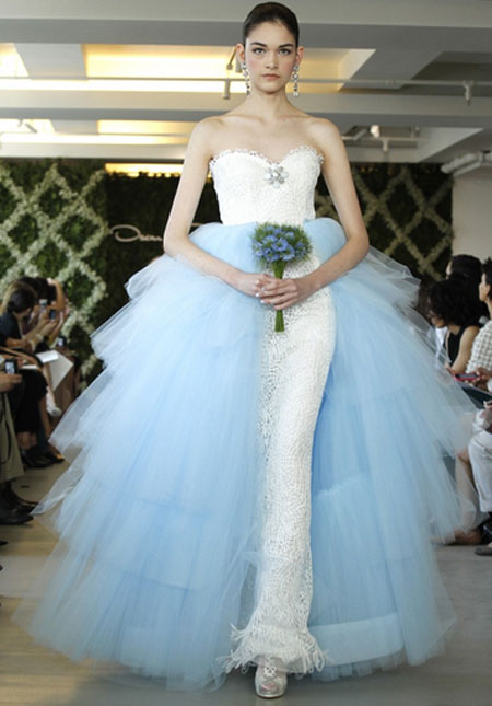 90cff1884ea3d Vera Wang e Carolina Herrera apresentam coleções para noivas - Estrelando
