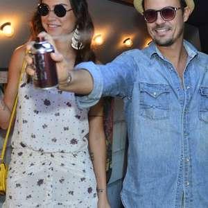 a7e07aad27cbe Paulo Vilhena e Thaila Ayala participam de projeto da estilista Carolina  Herrera