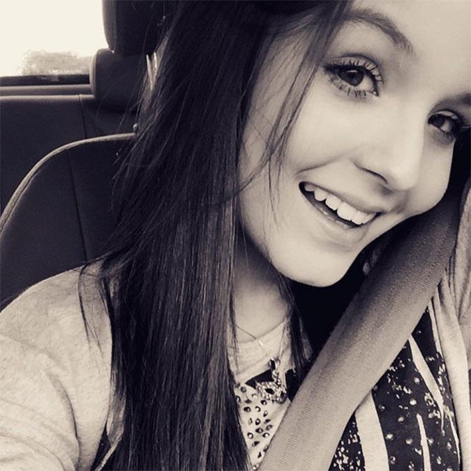 00095067816c9 A atriz teen foi levada às pressas para o hospital após sofrer um acidente  durante as gravações de Cúmplices de um Resgate