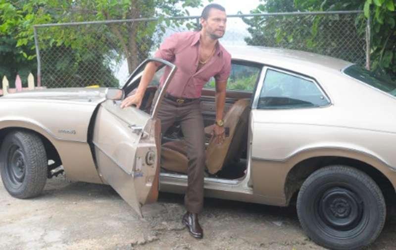 Luan Santana desfila por Miami com Lamborghini de dois milhões e 800 ... 2e197d2c3e