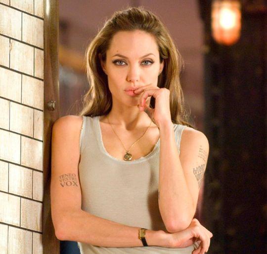 Axel Blake - Página 4 Angelina-cena-filme-1464028544.540x515