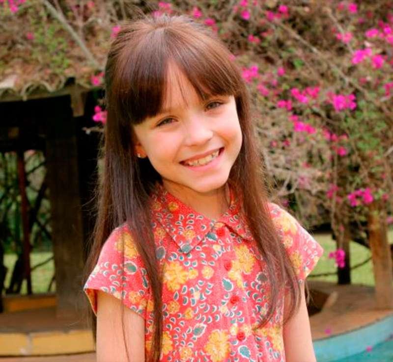No ano de 2012 uma nova oportunidade bateu na porta de Larissa. Ela foi  convidada para viver Viviane, em. Corações Feridos, e arrasou! c11d9aba64