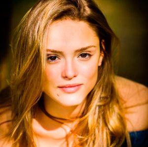 Solteira, Isabelle Drummond fala da torcida dos fãs pela volta do namoro com Tiago Iorc