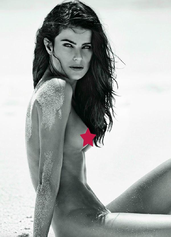 U A U Isabeli Fontana Posa Nua Em Ensaio Sensual Com Clima Praiano