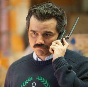 Wagner Moura fala sobre os bastidores da cena final de Pablo Escobar: - Gravamos na casa real dele