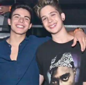 da3b11812dc2e Thomaz Costa e João Guilherme, ex-namorados de Larissa Manoela, posam  juntos em pré-estreia de filme