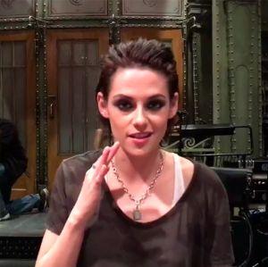Kristen Stewart confessa estar com medo de apresentar o Saturday Night Live