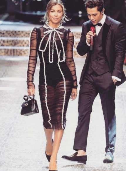 128308d56dc8f As duas participaram do Women s Fashion Show, parte da Semana de Moda de  Milão
