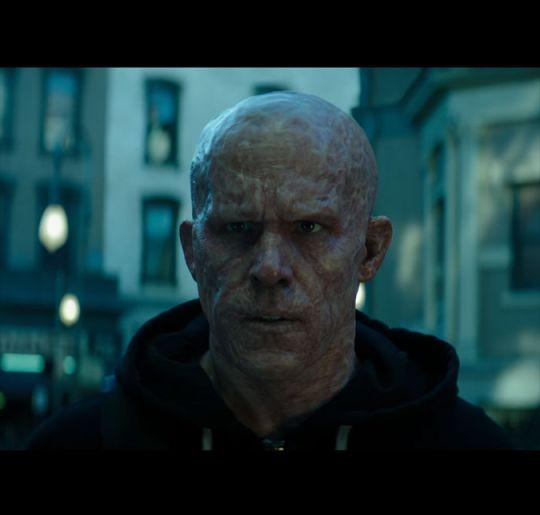 Ryan Reynolds mostra o derrière em teaser do segundo filme de Deadpool, assista!