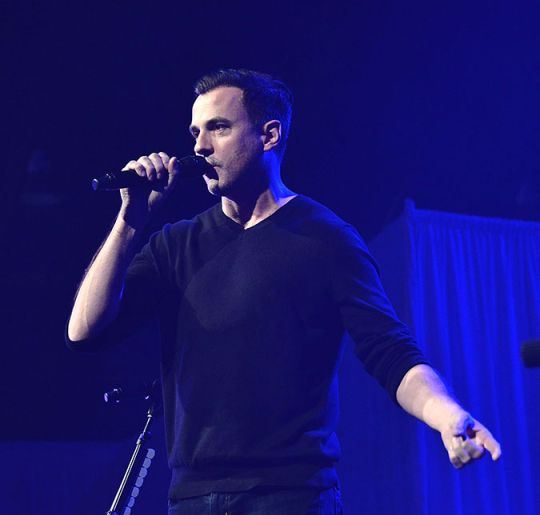 Tommy Page, dono do hit I'll Be Your Everything, morre aos 46 anos de idade