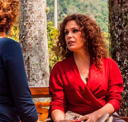 Carolina Ferraz passa por transformação radical para viver travesti no cinema, veja