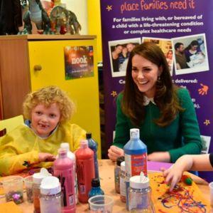 Ed Sheeran dá uma ajudinha à Kate Middleton para espalhar mensagem de caridade
