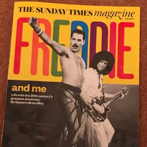 Guitarrista do Queen desmente boatos de que Freddie Mercury teria perdido seu pé na luta contra a AIDS