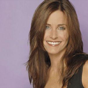 Reunião de Friends: Courteney Cox celebra aniversário ao lado de Jennifer Aniston e Lisa Kudrow!