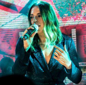 Em turnê no Brasil, Mel C relembra época das Spice Girls: -É uma mistura de emoções, são boas memórias