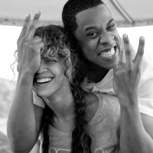 Gêmeos de Beyoncé permanecem no hospital sem previsão de alta