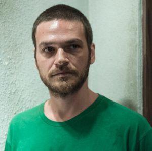 Emílio Dantas fala sobre repercussão de Rubinho, de A Força do Querer: - Toda vez que saio na rua tomo um tapa