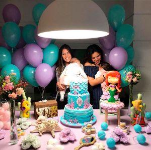 Yanna Lavigne e Mariana Uhlmann comemoram juntas o mesversário das filhas!