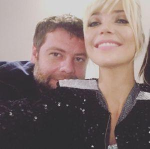 Luiza Possi é vista aos beijos com Cris Gomes, diretor do quadro Show dos Famosos!