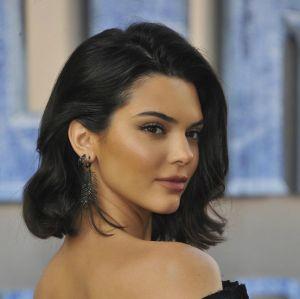 Após falta de segurança, Kendall Jenner coloca mansão à venda - e já consegue um comprador!