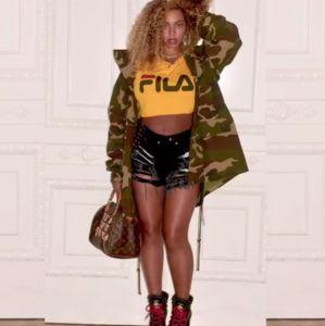 Beyoncé posta vídeo curtindo show de Kendrick Lamar em look que custou mais de cinco mil reais