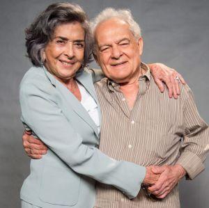 Othon Bastos e Betty Faria se divertem com seus personagens, Garcia e Elvira, em A Força do Querer