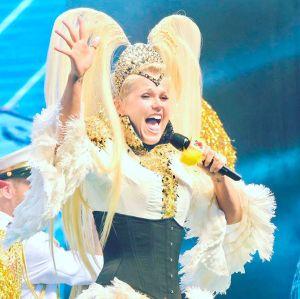 Xuxa divulga datas e cidades da nova turnê do XuChá!