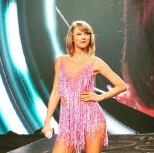 Taylor Swift garante que irá ajudar mulheres vítimas de abuso após processo contra DJ que a assediou