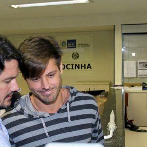 Dado Dolabella é solto sem pagamento de fiança após prisão por não pagar pensão alimentícia do filho, diz jornal