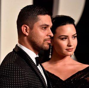 Ex de Demi Lovato, Wilmer Valderrama marca presença na festa de aniversário da cantora