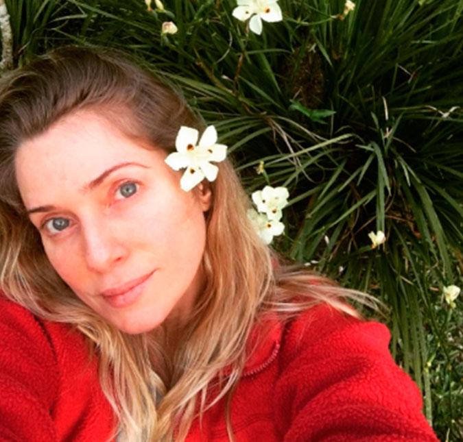 No ar em Os Dias Eram Assim, Letícia Spiller posa sem maquiagem e recebe  elogios dos seguidores 705a86969a
