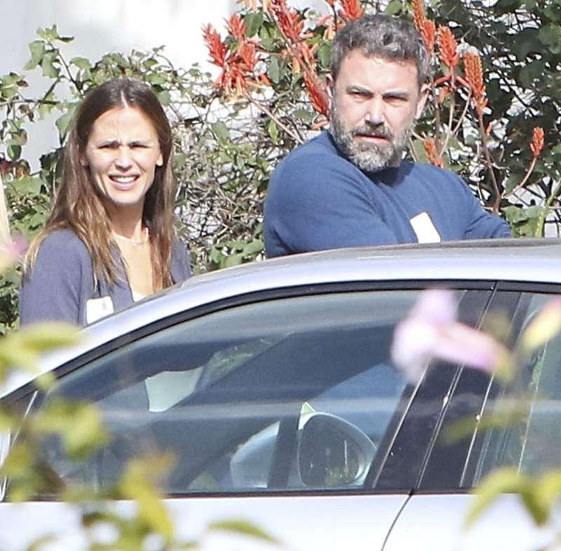 630fa8538 Ben Affleck depois de acompanhar namorada em premiação encontra a ex ...