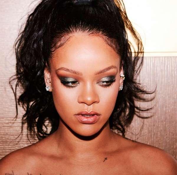 ad502eac808 Veja os momentos em Rihanna foi pura ostentação! - Estrelando