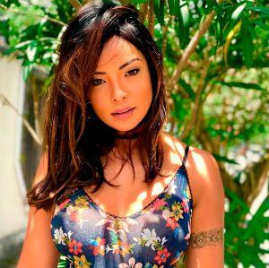 Carol Nakamura. Foto do site da Entretenimento R7 que mostra Carol Nakamura estaria namorando empresário do Rio de Janeiro, segundo colunista!