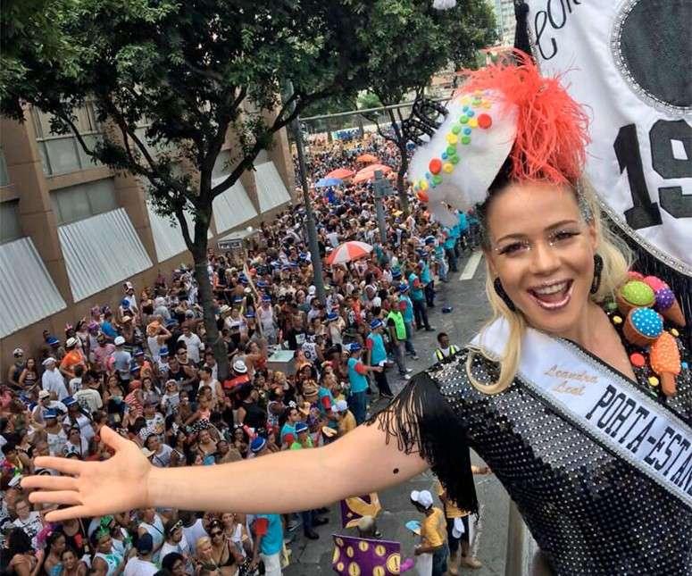 a172c474e48a9 O bloco é um dos mais tradicionais do Rio de Janeiro e contou com a  presença de mais de um milhão de pessoas