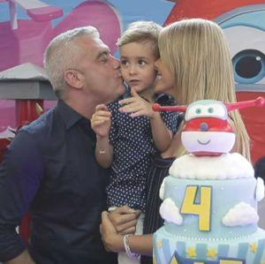 Foto do site da  que mostra Ana Hickmann mostra detalhes da festa de seu filho, assista ao vídeo!