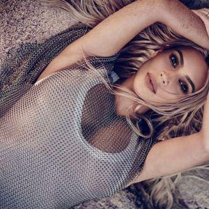 Foto do site da  que mostra Kim Kardashian não descarta ter mais um filho com o marido, Kanye West