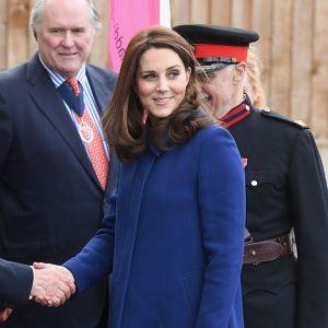 Todos os famosos. Foto do site da Entretenimento R7 que mostra Saiba tudo sobre a terceira gravidez de Kate Middleton!