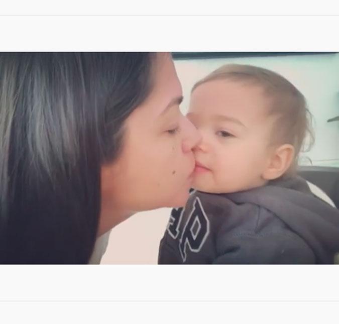 76701e41c78bc Alguns fãs ficaram encantados com o jeitinho fofo de Teodoro, enquanto  outros internautas apontaram que não é saudável beijar a boca de um bebê