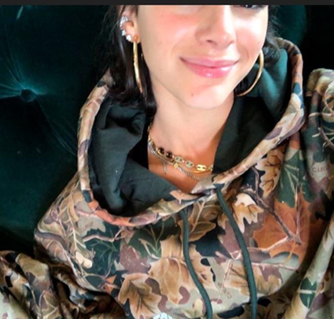43e23e289 Bruna Marquezine ameaça trazer sofá de Nova York para o Brasil ...