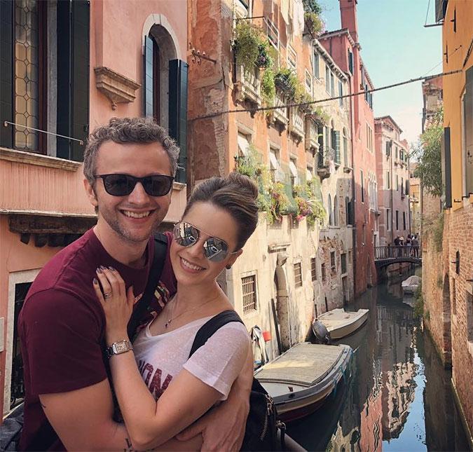 Sandy posta foto ao lado de Lucas Lima na Itália  Melhor jeito de ... 9c27913264