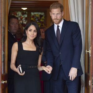 Saiba como ficará a linha de sucessão ao trono da realeza britânica com a  chegada do filho de Meghan Markle e príncipe Harry! 1114fad27e4