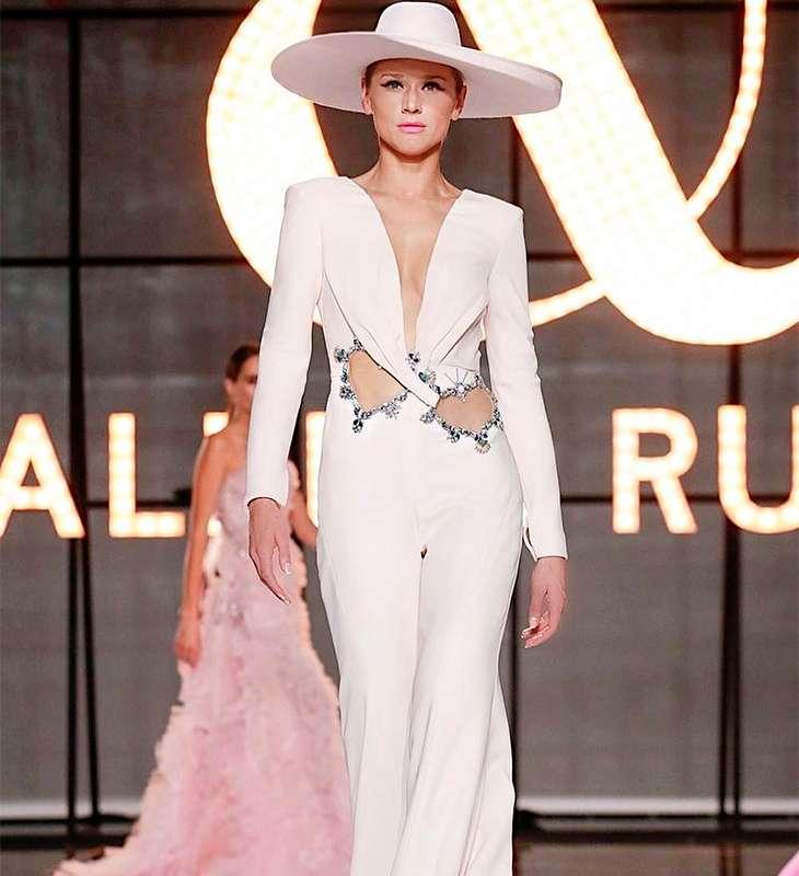 5a47e2207 Muito brilho, brasileiras e marcas de luxo estão bombando na capital  francesa
